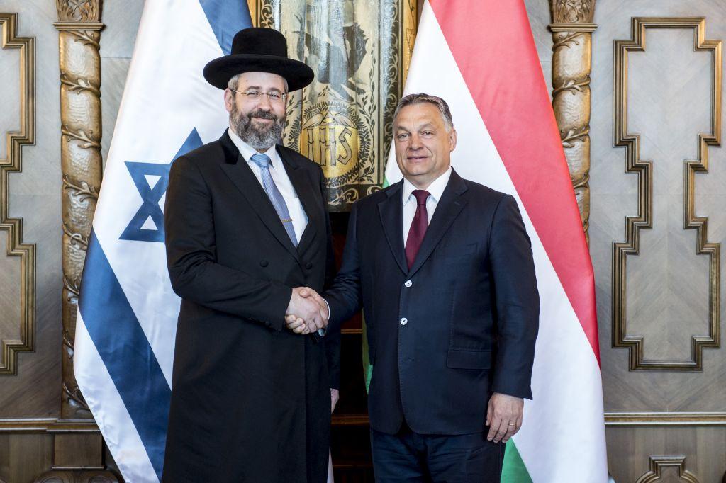 Orbán Viktor az Országházban fogadta David Laut - (Azért a sárkányölő Szent  György-háttérért még nagy árat fizethetünk...) (Fotó: Árvai Károly/kormany .hu)
