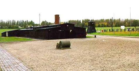 Majdanek01