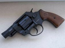 3c52839c8d25 2. ábra: Röhm RG89s gumilövedéket kilőni képes gáz-riasztó revolver