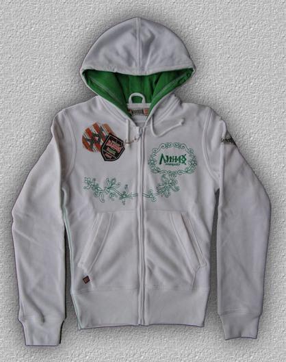 a58ce83e45 Új Harcos-póló Nagy-Magyarország mintával, keki színben. Megtekinthető itt!